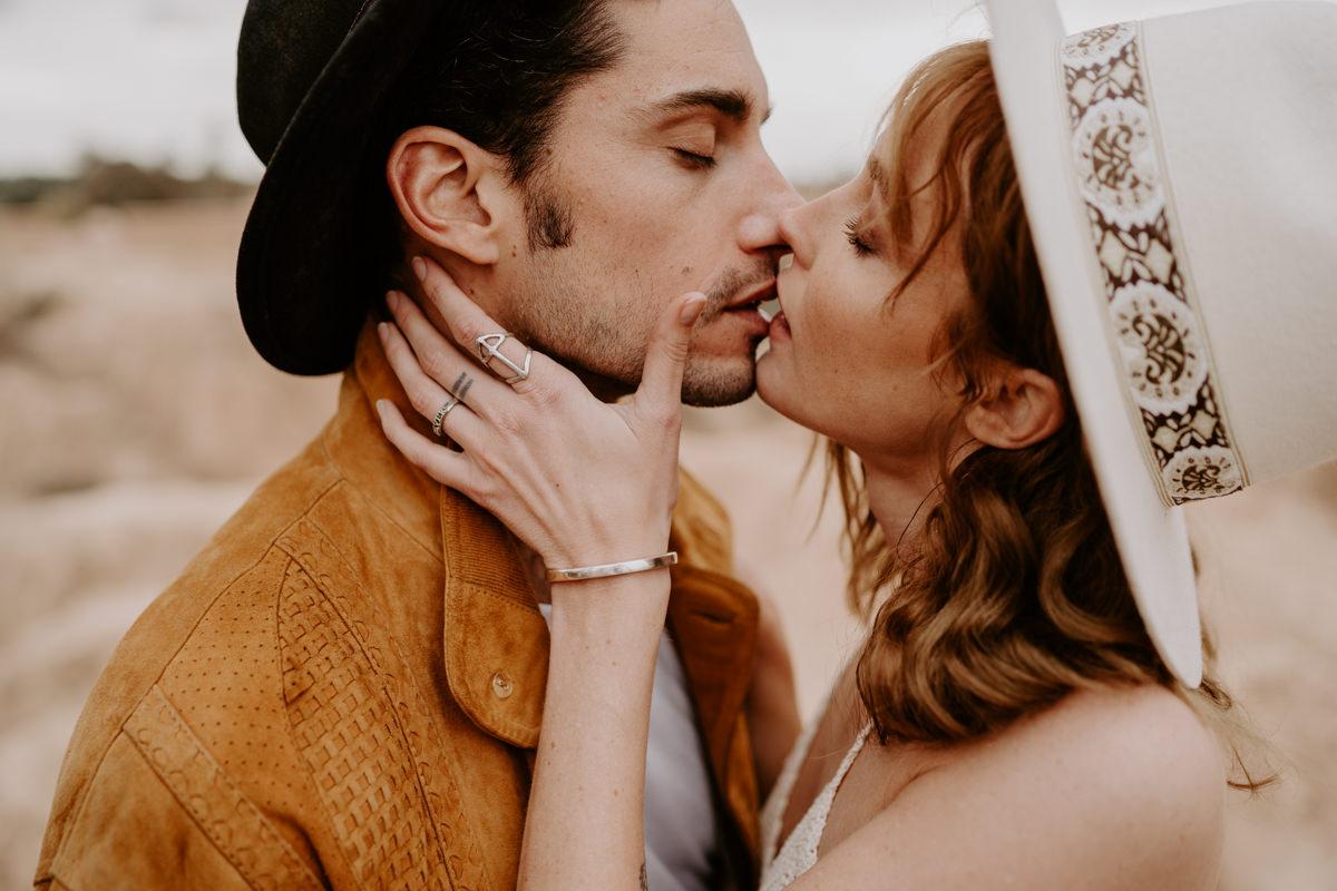 seance-couple-engagement-photographe-essaouira-dorothee-buteau