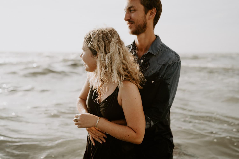 seance-couple-ocean-mer-photographe-corse-dorotheebuteau